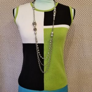 3/$25 Designers Originals Knitted Vest Top Small